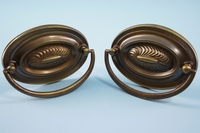Oval brass Derickson Co. drawer pull (12 available), circa 1930s