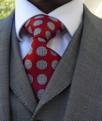 Red Silver Spot Jacquard Woven Necktie
