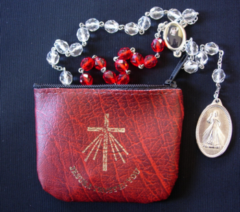 Divine Mercy Rosary - Crystal Glass