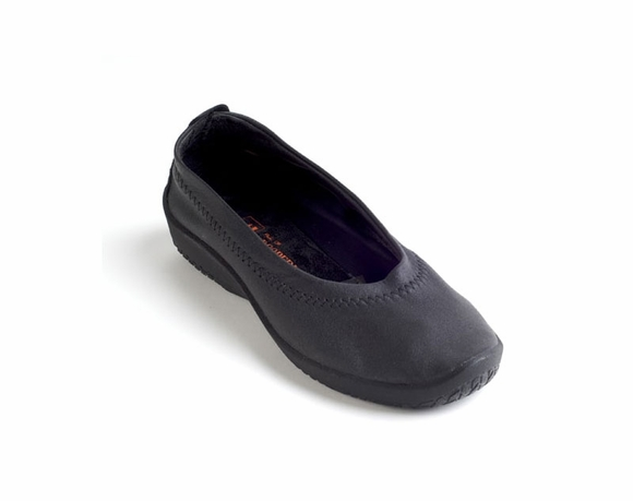 Arcopedico L2 - Women's Vegan Slip-On Shoe
