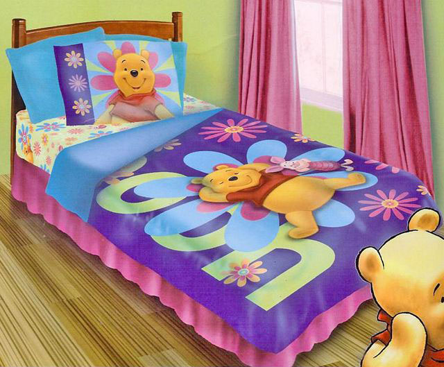 winnie the pooh and piglet sunbathing twin size 3 piece comforter set