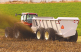 Kuhn Knight Spreaders: Slinger