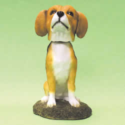 Beagle Bobblehead Dog by Swibco