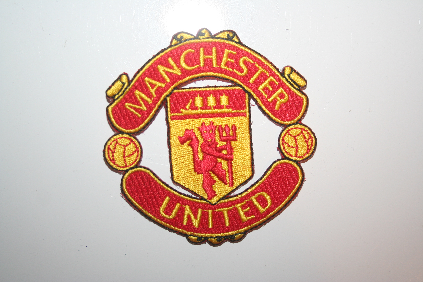 Manchester United Crest Badge Patch Fc Football Club Soccer English Premier League Merchandise Apparel