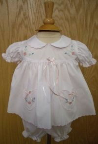 NEW Will'Beth White Diaper Set with Embroidered Flowers and Heart Shaped Pockets
