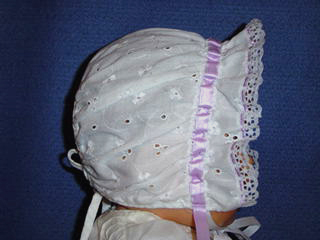 "<img src=""https://p11.secure.hostingprod.com/@grammies-attic.com/ssl/images/blue-sold-1.gif""> Vintage 1950s White Eyelet Bonnet with Lavender Ribbon"