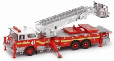 Code 3 FDNY Mack CF Tower Ladder 41 (12515)