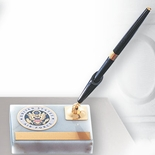 WHITE MARBLE PEN HOLDER WITH 2 INCH MEDALLION