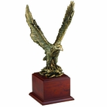 15-1/2 INCH BRASS EAGLE ON WOOD BASE