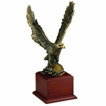 15-1/2 BRASS EAGLE ON BASE, HOLDS 2 INCH MEDALLION