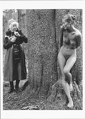 IMOGEN AND TWINKA - JUDY DATER - LARGE POSTCARD