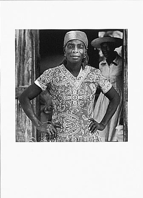 WOMAN IN GRAINARY, HAITI, 1984 (Dana Gluckstein)