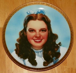 Collector Plate Wizard of Oz Dorothy Portraits Collection