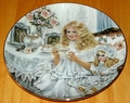 Collector Plate Heirlooms and Lace Series Victoria