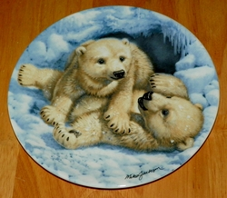 1990 Plate Polar Bear Cubs Series Name Beauty of Polar Wildlife