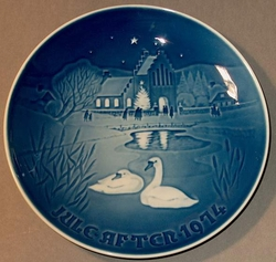 1974 Plate Christmas in the Village - Bing & Grondahl