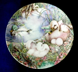 Collector Plate Not Like the Others Ugly Duckling 1985 Grande Copenhagen