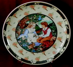 Collector Plate German Heinrich Roses are Red