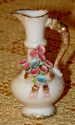 Lefton Mini Pitcher Vase Applied Pink Forget Me Nots