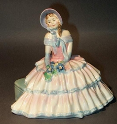 Royal Doulton Figurines Daydreams # HN1731