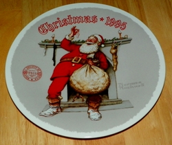 1995 Rockwell Plate Filling the Stocking Series Name Annual Holiday Plate
