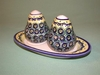 Salt & Pepper Shakers - Pattern 09