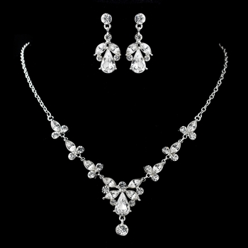 Silver Clear Necklace & Earrings Jewelry Set 9691