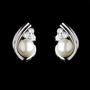 Silver Clear Ivory Pearl Earring Set 3828