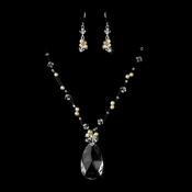 Ivory Necklace Earring Set 7242