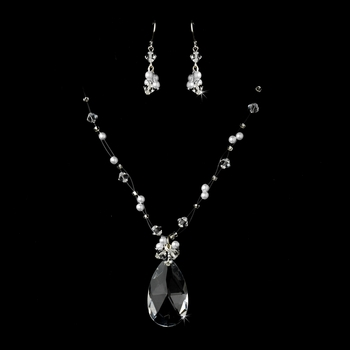 White Necklace Earring Set 7242
