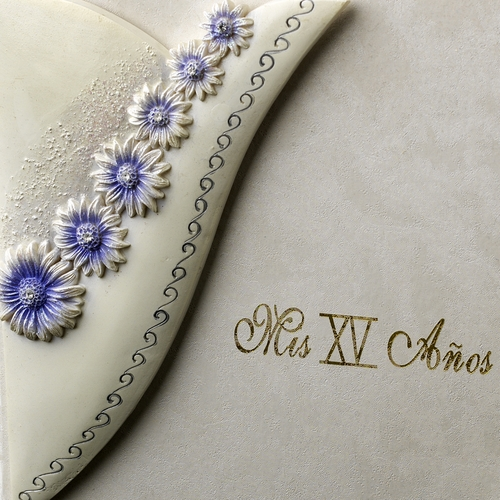 Lilac Daisy Guest Book
