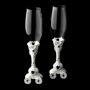 Wonderful Cinderella Coach Carriage Toasting Champagne Flutes 416
