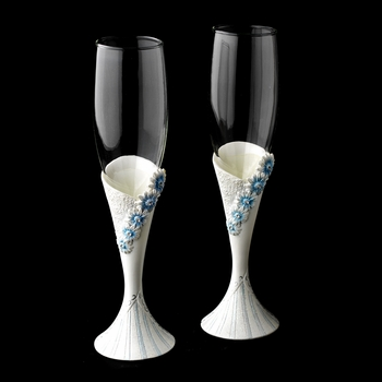 Delightful Blue Daisy Toasting Champagne Flutes