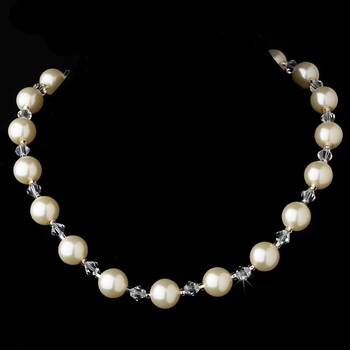 Necklace 8355 Ivory