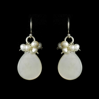 Chic Freshwater Mother of Pearl Cabochon Earrings 8253