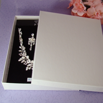 "Large Jewelry Box 7"" long x 5"" wide"