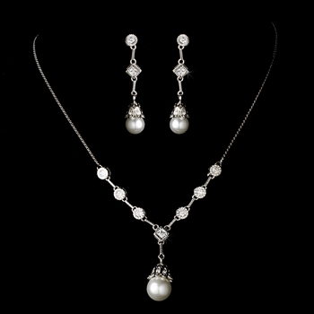 Ravishing Silver Clear Crystal & White Pearl Drop Necklace & Earring Set 3225