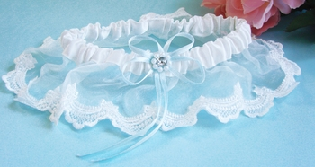 Lace Garter with Pearl & Crystal Accent G118