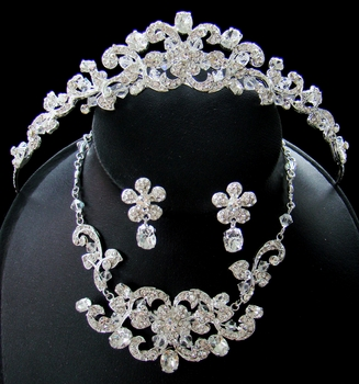 Crystal Couture Tiara Jewelry Set NE 7210***Price is Necklace earring set only****