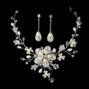 Freshwater Pearl Necklace & Earring Set NE 7822