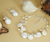 "Freshwater ""Coin"" Pearl Bracelet and Matching Earrings E8252 & B8252"