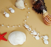 "Elegant Freshwater ""Coin"" Pearl & Crystal Necklace & Earring Set NE 8252"