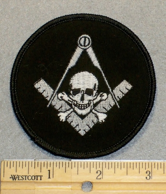 2059 W - Masons Logo With Skull Face - Round - Embroidery Patch