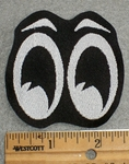 1571 L - Moon Eyes - Embroidery Patch