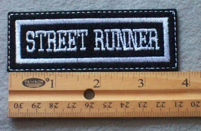 927 L - Street Runner Embroidered Patch