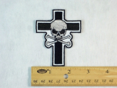 665 R - SKULL AND CROSSBONES CROSS - Embroidery Patch