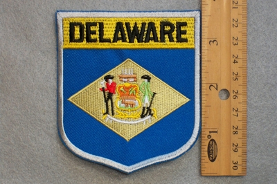 DELAWARE STATE FLAG SHIELD - EMBROIDERY PATCH
