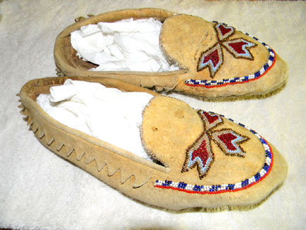 Museum Quality Antique And Modern Native American Adult
