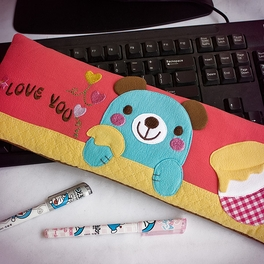 [Blue Bear-Red] Embroidered Applique Fabric Art 17 inch Monitor Screen Cover & Wrist Rest Pad