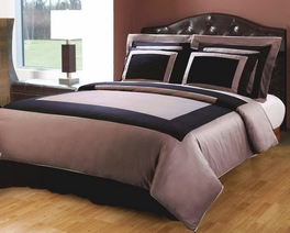 California-King 10-PC Hotel Black/Taupe Bed in a Bag